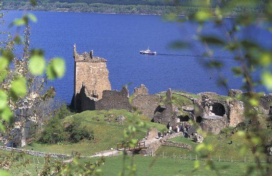 Urquhart Castle beside Loch Ness